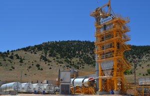 Kahramanmaraş/Göksun'daki 240 ton/saat kapasiteli Sigma asfalti birinci senesini dolduruyor